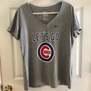 Nike Cubs V-Neck T-Shirt   XL